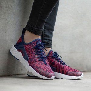 Nike Air Huarache Run Ultra KJCRD Sneakers Sz. 8.5